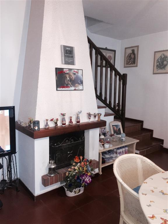 Villa a Schiera in vendita a Locate di Triulzi, 5 locali, prezzo € 350.000 | CambioCasa.it