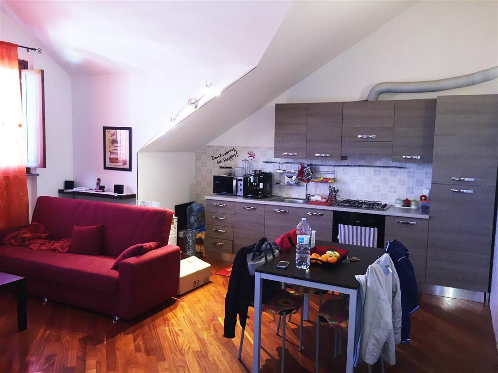 Appartamento in vendita a Carpiano, 3 locali, prezzo € 155.000 | Cambio Casa.it