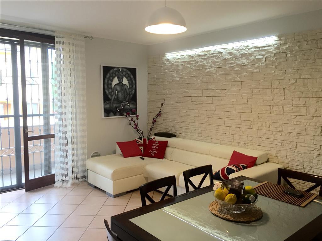 Appartamento in vendita a Carpiano, 2 locali, prezzo € 110.000 | Cambio Casa.it
