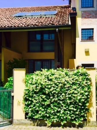Villa in vendita a Landriano, 3 locali, prezzo € 160.000 | Cambio Casa.it