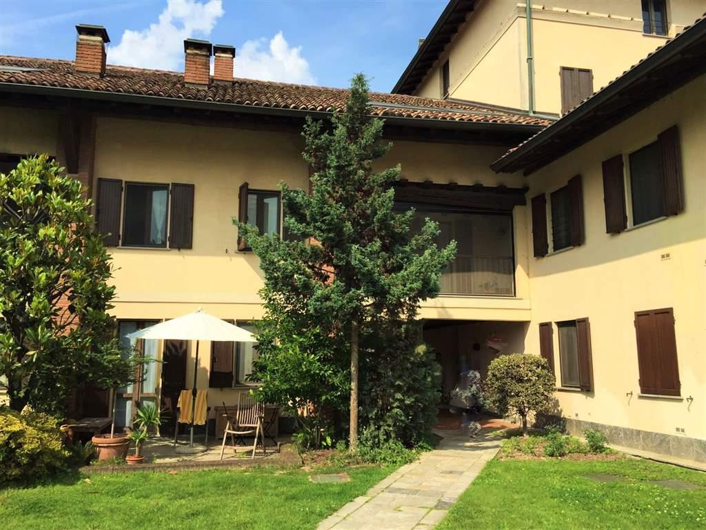 Appartamento in affitto a Pieve Emanuele, 3 locali, zona Località: TOLCINASCO, prezzo € 1.100 | Cambio Casa.it