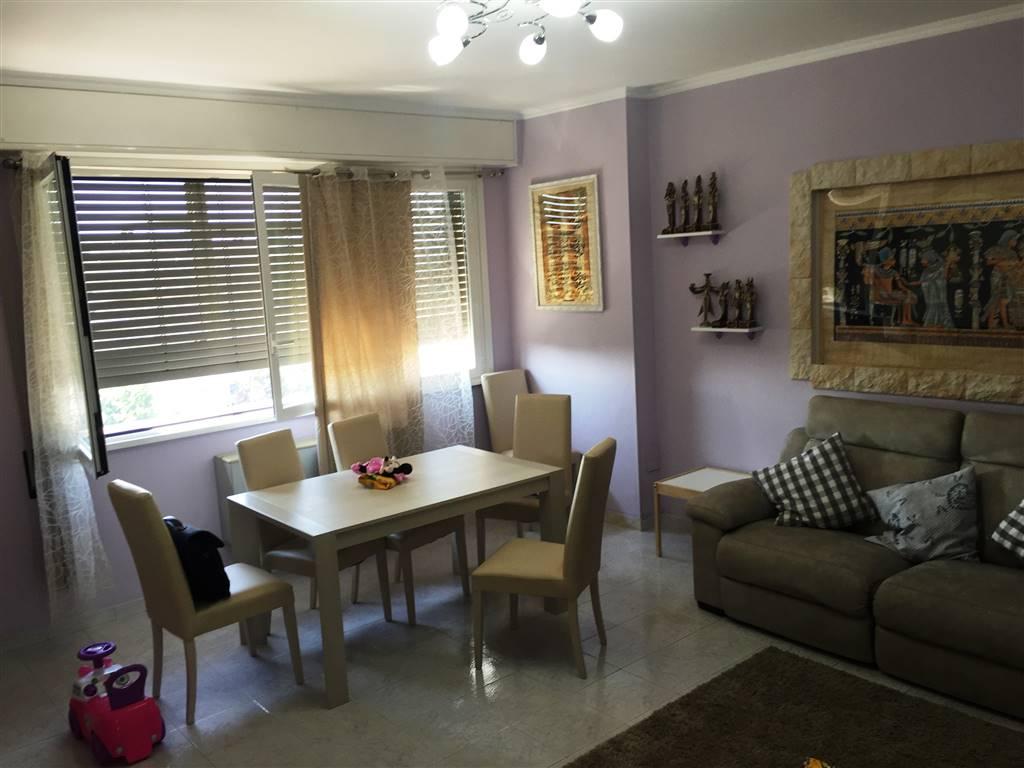 Appartamento in affitto a Rozzano, 3 locali, prezzo € 1.000 | Cambio Casa.it