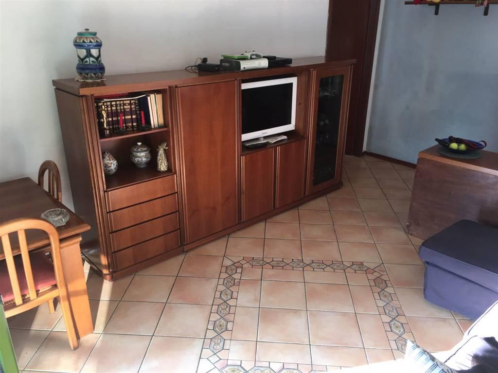 Appartamento in vendita a Pieve Emanuele, 3 locali, prezzo € 107.000 | Cambio Casa.it