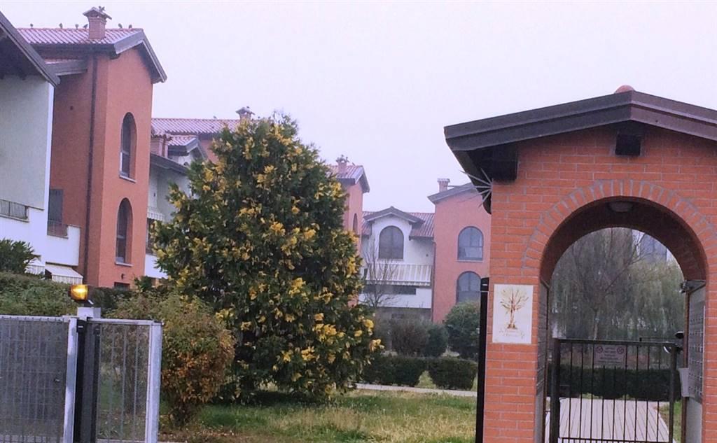 Appartamento in vendita a Besate, 2 locali, prezzo € 80.000 | Cambio Casa.it