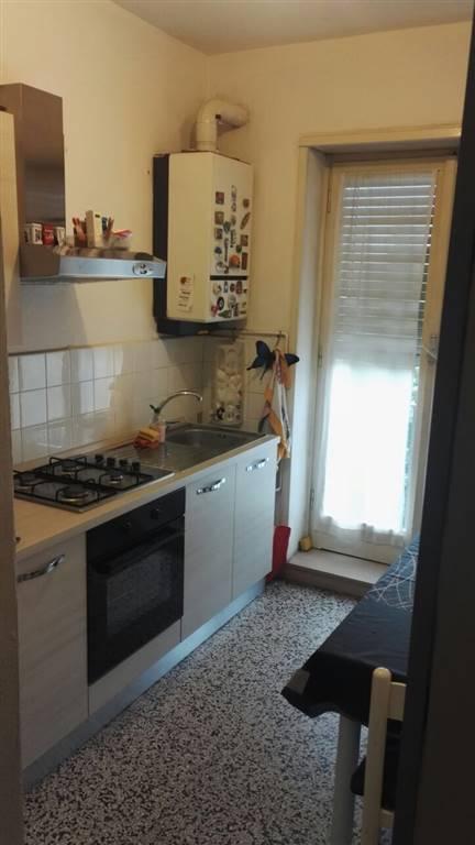 Appartamento in affitto a Pieve Emanuele, 3 locali, prezzo € 600 | CambioCasa.it