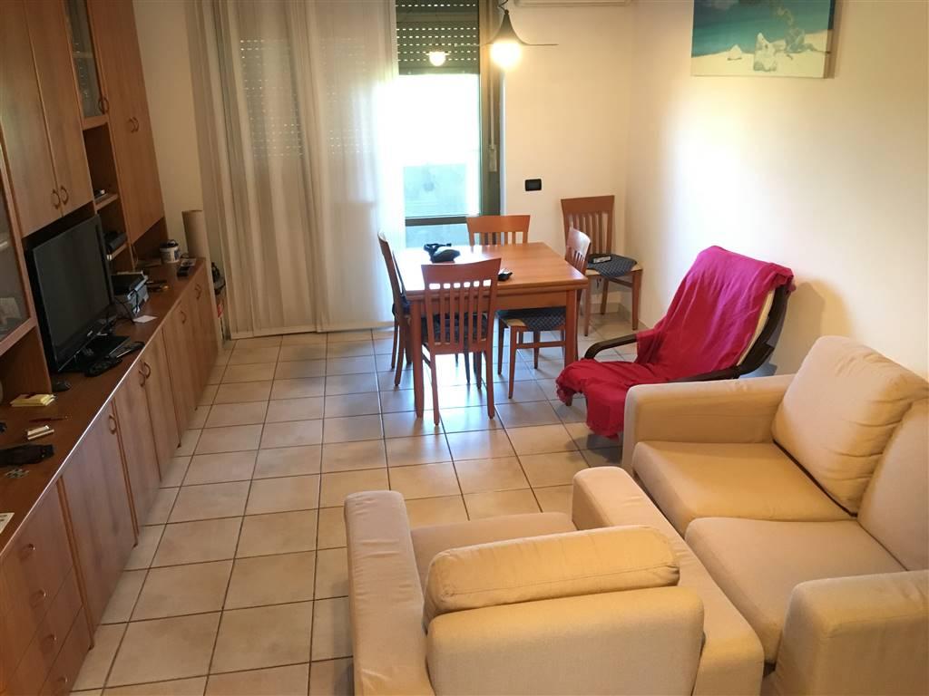 Appartamento in vendita a Pieve Emanuele, 3 locali, prezzo € 139.000 | CambioCasa.it