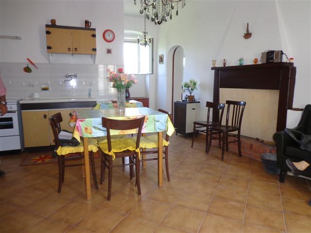 Appartamento in vendita a Torri in Sabina, 3 locali, prezzo € 45.000 | CambioCasa.it