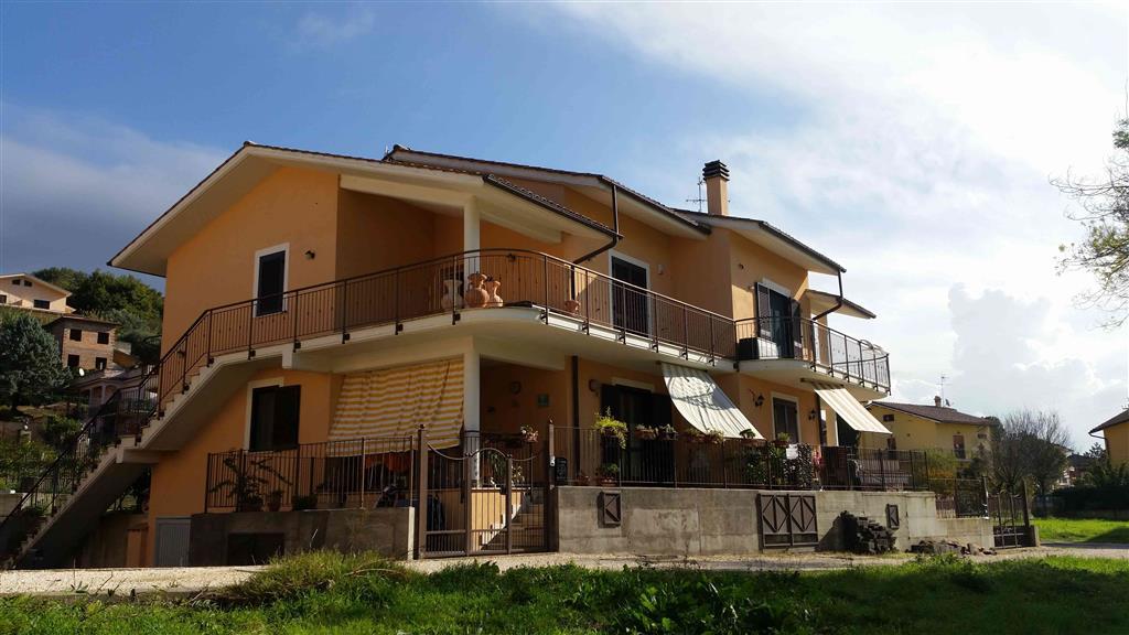 Soluzione Indipendente in vendita a Stimigliano, 3 locali, zona Zona: Stimigliano Scalo, prezzo € 114.000 | CambioCasa.it