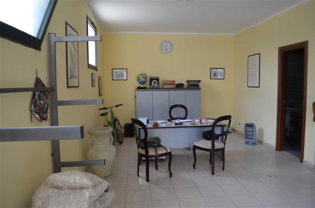 Attività / Licenza in vendita a Stimigliano, 2 locali, zona Zona: Stimigliano Scalo, prezzo € 68.000 | Cambio Casa.it
