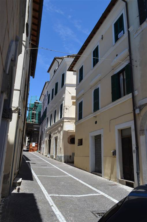 Appartamento in vendita a Collevecchio, 5 locali, prezzo € 57.000 | CambioCasa.it