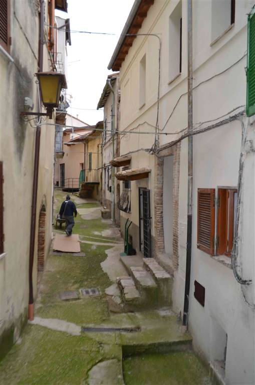 Appartamento in vendita a Cantalupo in Sabina, 4 locali, prezzo € 20.000 | Cambio Casa.it