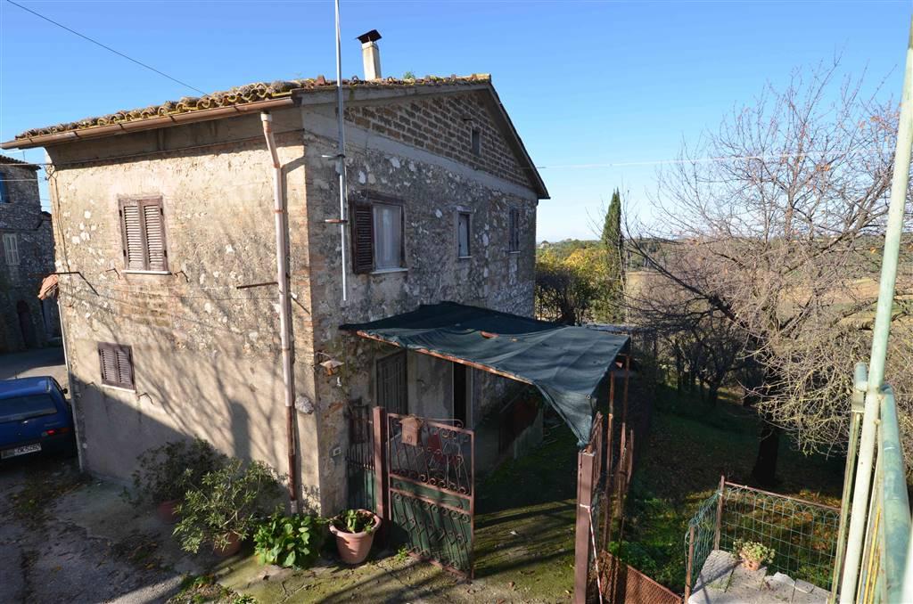 Soluzione Indipendente in vendita a Montebuono, 6 locali, zona Zona: Sant'Andrea, prezzo € 74.000 | CambioCasa.it