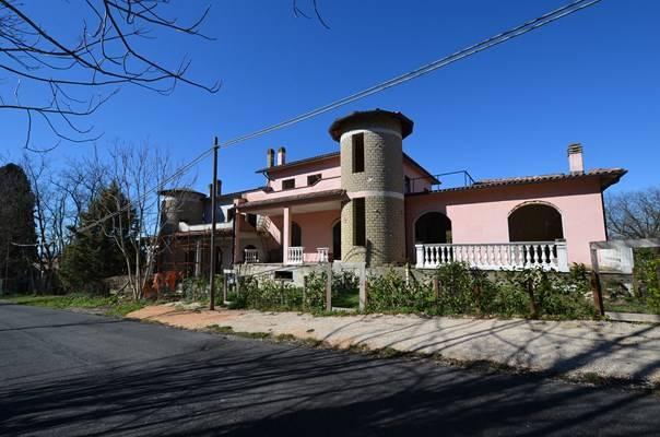 Case collevecchio compro casa collevecchio in vendita e for Ispezione a casa su nuova costruzione