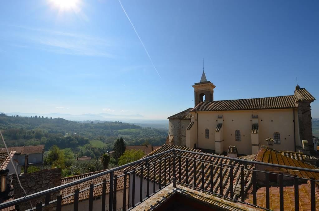 Appartamento in affitto a Forano, 4 locali, prezzo € 360   Cambio Casa.it