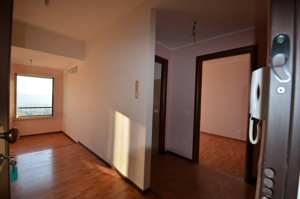 Appartamento in vendita a Forano, 3 locali, prezzo € 52.000 | CambioCasa.it