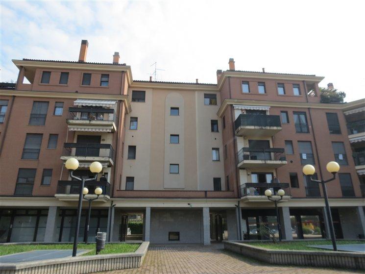 Ufficio / Studio in vendita a Garbagnate Milanese, 3 locali, prezzo € 170.000 | Cambio Casa.it