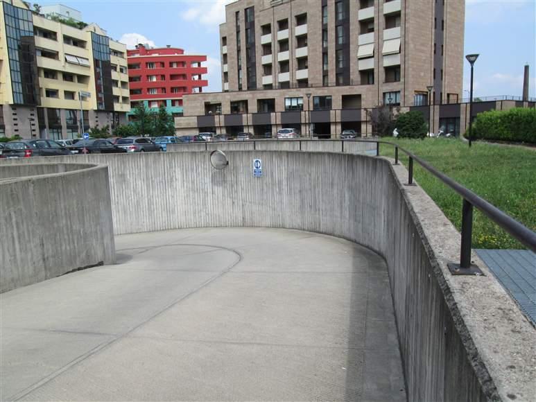 Box / Garage in vendita a Saronno, 1 locali, zona Località: CENTRO- STAZIONE, prezzo € 15.000 | Cambio Casa.it