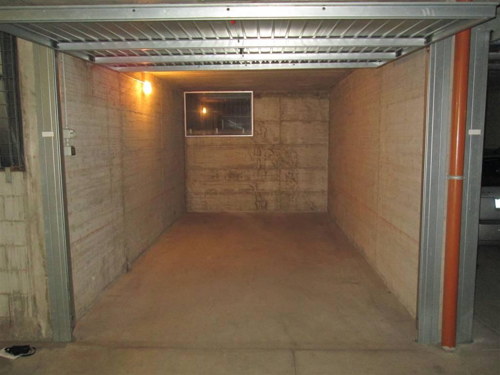 Box / Garage in affitto a Saronno, 1 locali, zona Zona: Posta nuova, prezzo € 75 | CambioCasa.it