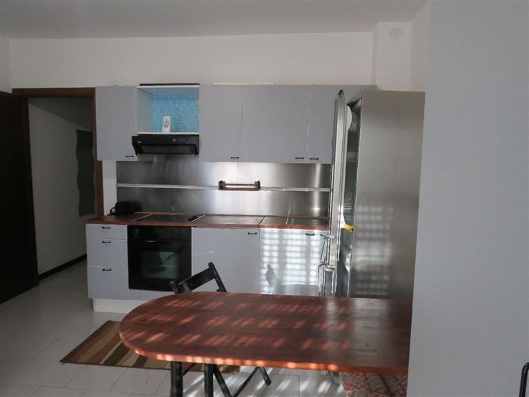Appartamento in affitto a Saronno, 1 locali, zona Zona: Posta nuova, prezzo € 400 | CambioCasa.it