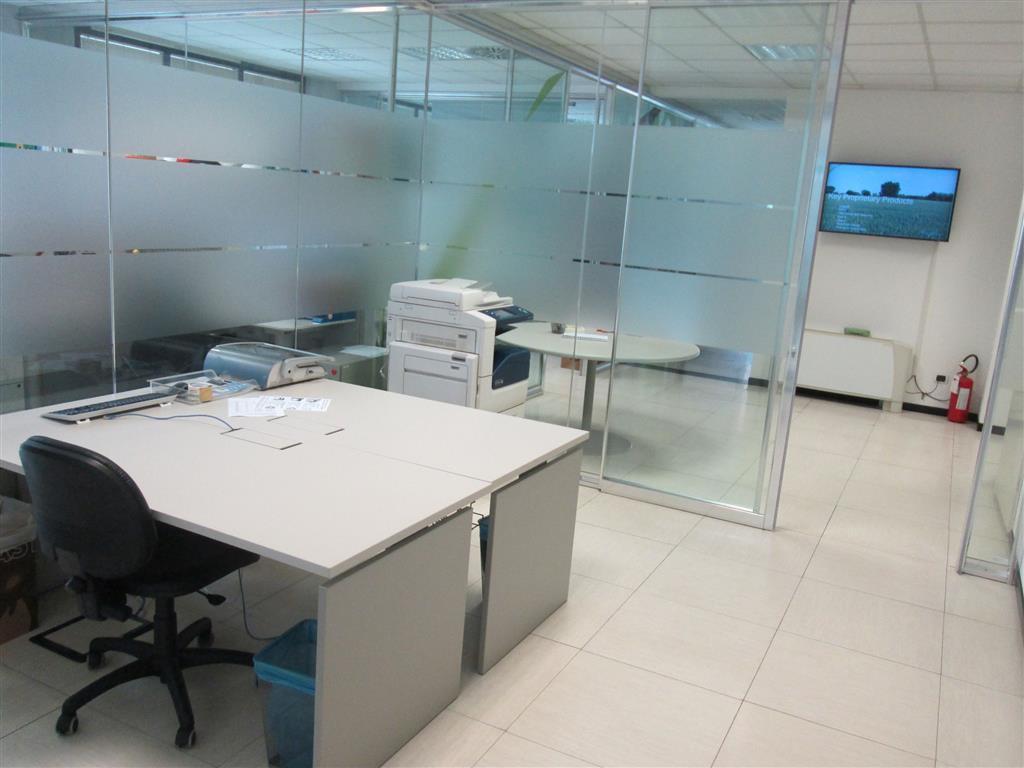 Ufficio / Studio in Affitto a Saronno
