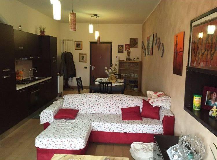 Appartamento in vendita a Caronno Pertusella, 3 locali, prezzo € 140.000 | Cambio Casa.it