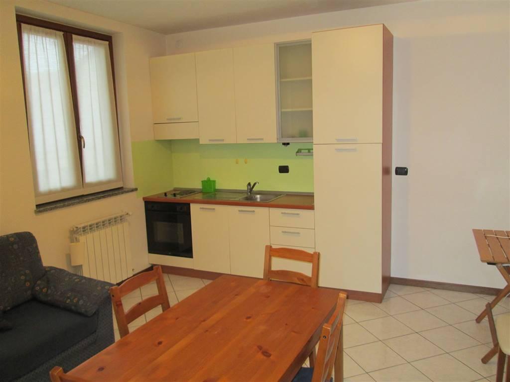 Appartamento in affitto a Uboldo, 1 locali, prezzo € 400 | Cambio Casa.it