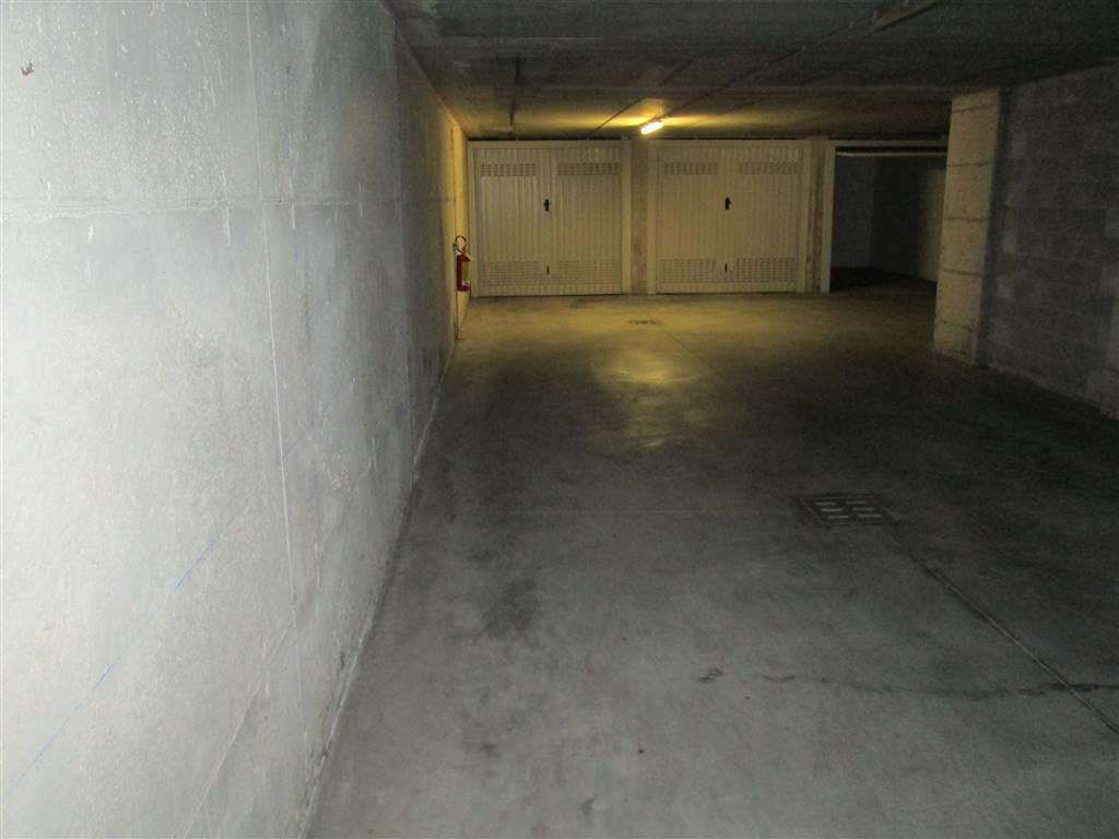 Box / Garage in vendita a Saronno, 1 locali, zona Zona: Posta nuova, prezzo € 18.000 | CambioCasa.it