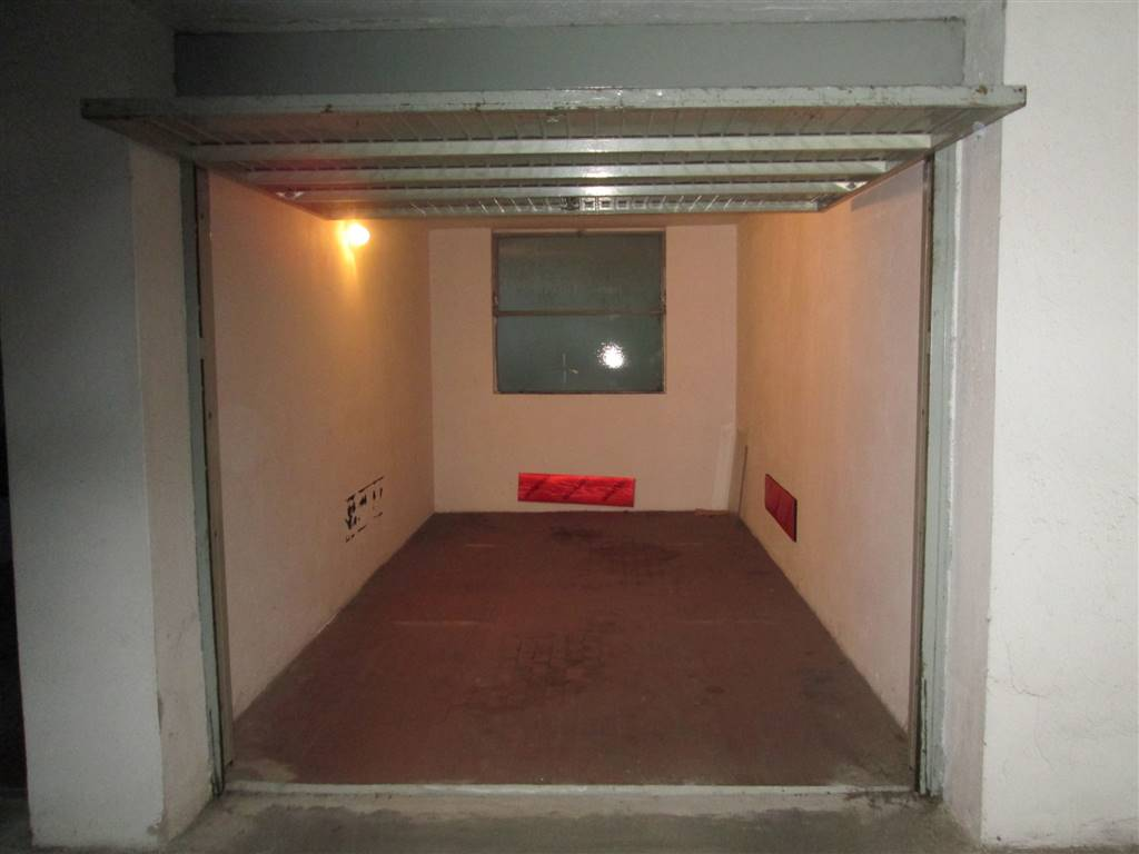 Box / Garage in Affitto a Saronno