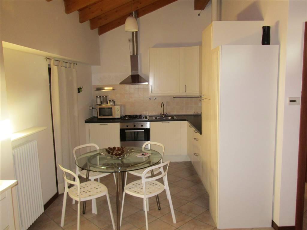 Appartamento in affitto a Saronno, 1 locali, zona Località: CENTRO PEDONALE, prezzo € 550 | CambioCasa.it