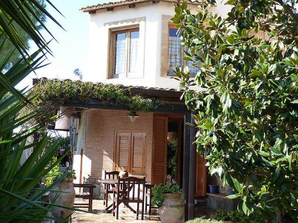 Villa affitto SIRACUSA (SR) - 7 LOCALI - 130 MQ