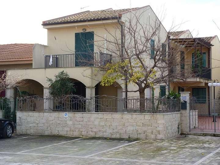 Villa vendita MODICA (RG) - 5 LOCALI - 80 MQ