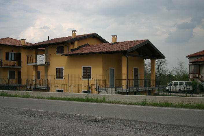 Villa in vendita a Mondovì, 7 locali, prezzo € 480.000 | CambioCasa.it