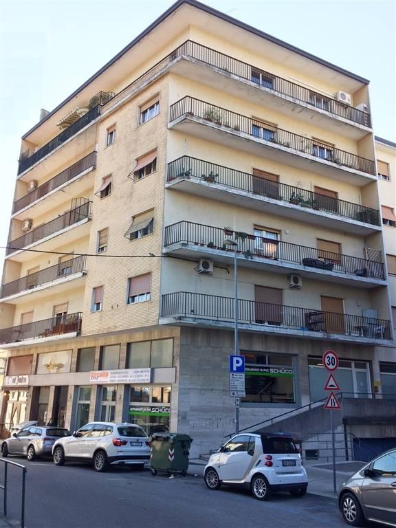 Appartamento in vendita a Monfalcone, 4 locali, zona Zona: Rocca, prezzo € 55.000 | CambioCasa.it
