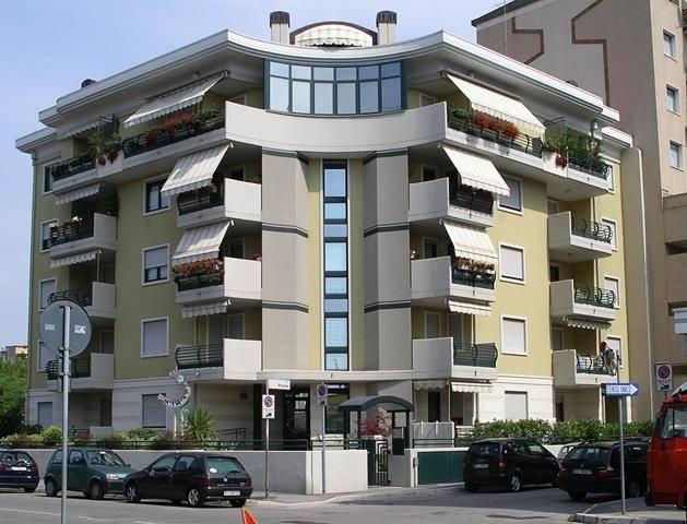 Appartamento in vendita a Monfalcone, 3 locali, zona Zona: Rocca, prezzo € 95.000 | CambioCasa.it