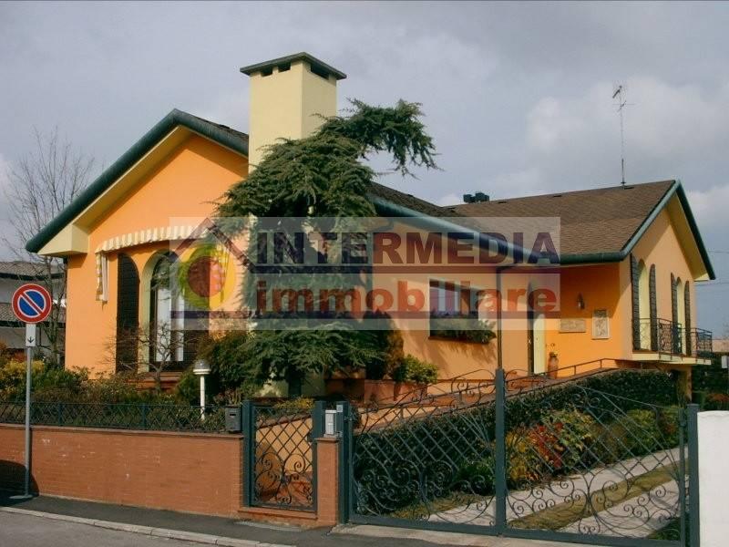 Villa-Villetta Vendita Adria