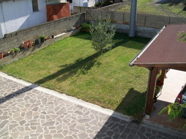 Villa in vendita a Terricciola, 10 locali, prezzo € 300.000 | CambioCasa.it