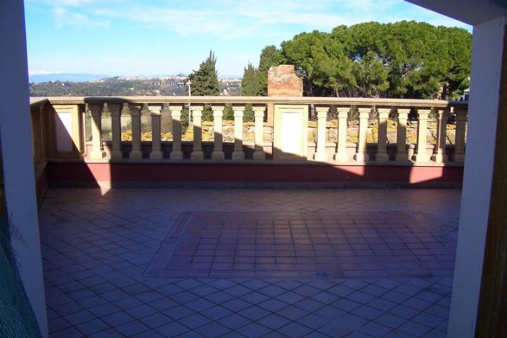 Villa in vendita a Palaia, 6 locali, prezzo € 160.000 | CambioCasa.it