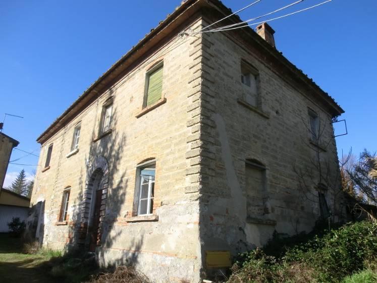 Rustico / Casale in vendita a Capannoli, 10 locali, prezzo € 65.000 | CambioCasa.it