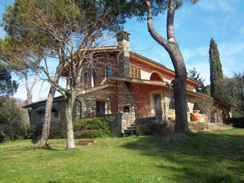 Villa, Santa Maria a Monte, in ottime condizioni