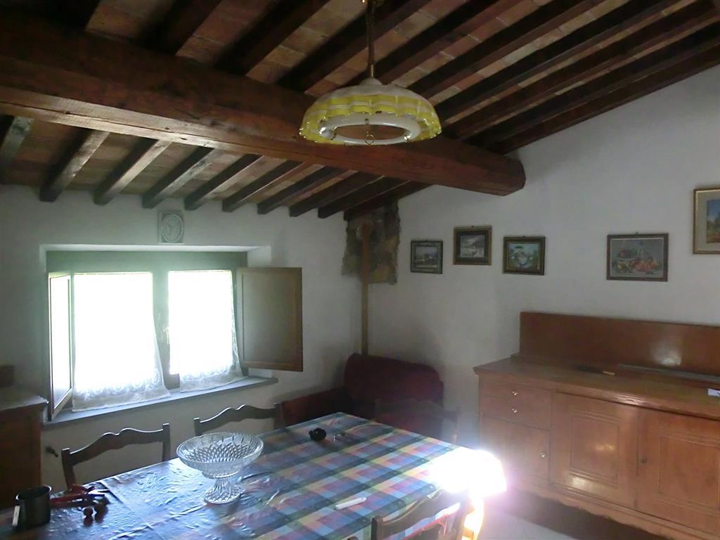 Appartamento in vendita a Chianni, 5 locali, prezzo € 69.000 | CambioCasa.it