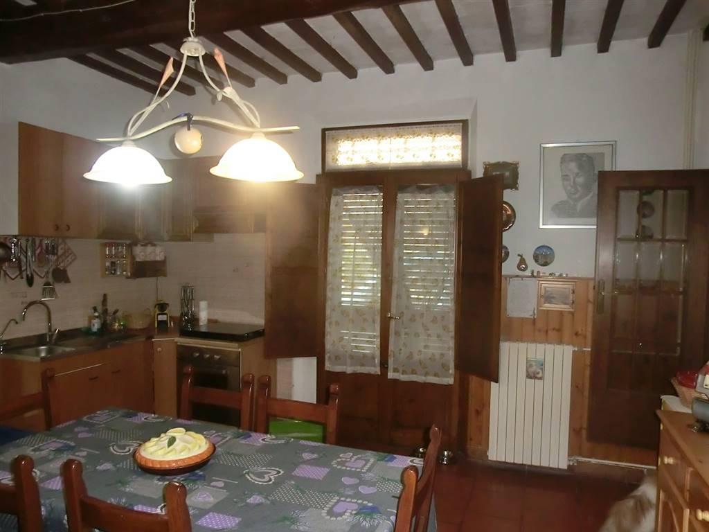 Soluzione Indipendente in vendita a Casciana Terme Lari, 5 locali, zona Località: LE CASINE, prezzo € 135.000 | CambioCasa.it