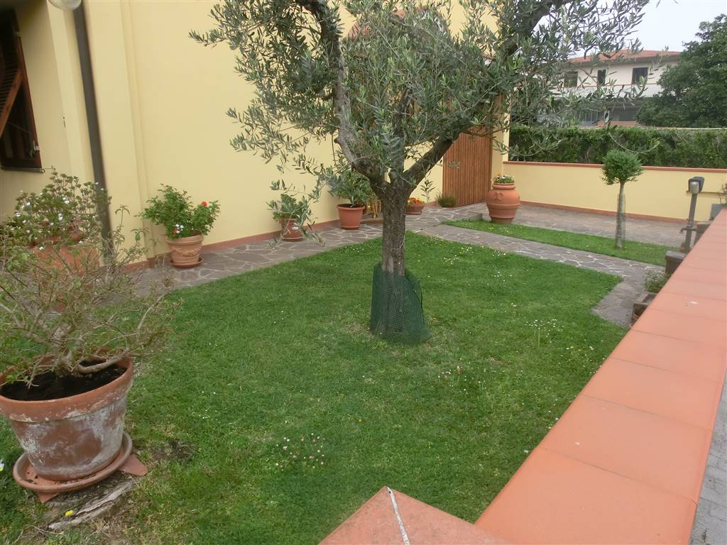 Villa Bifamiliare in Vendita a Ponsacco