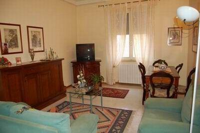 Appartamento in vendita a Spoleto, 4 locali, zona Località: CITTA', prezzo € 150.000 | Cambio Casa.it