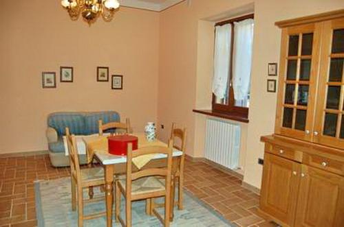 Appartamento in vendita a Spoleto, 3 locali, zona Località: CITTA', prezzo € 98.000   CambioCasa.it