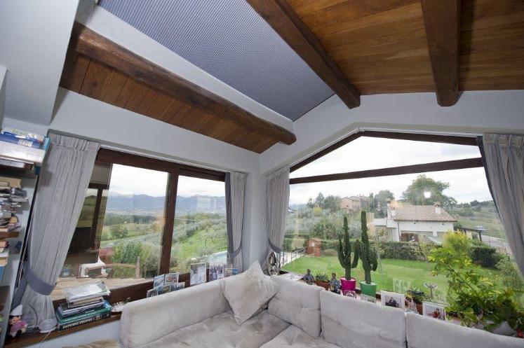 Appartamento in vendita a Spoleto, 2 locali, zona Località: PERIFERIA, prezzo € 225.000 | Cambio Casa.it