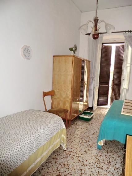 Appartamento in vendita a Spoleto, 3 locali, zona Località: CENTRO STORICO, prezzo € 120.000 | Cambio Casa.it