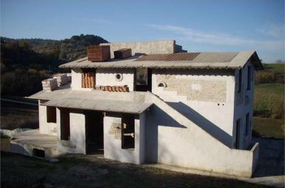 Villa in Vendita a Bevagna