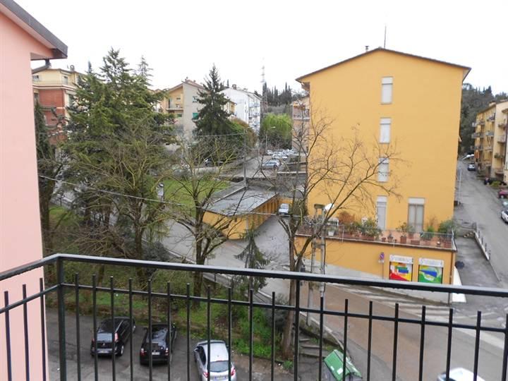 Appartamento in vendita a Perugia, 4 locali, prezzo € 37.000 | Cambio Casa.it