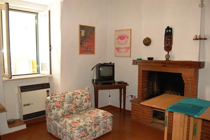 Appartamento in vendita a Spoleto, 2 locali, zona Località: CENTRO STORICO, prezzo € 63.000 | Cambio Casa.it
