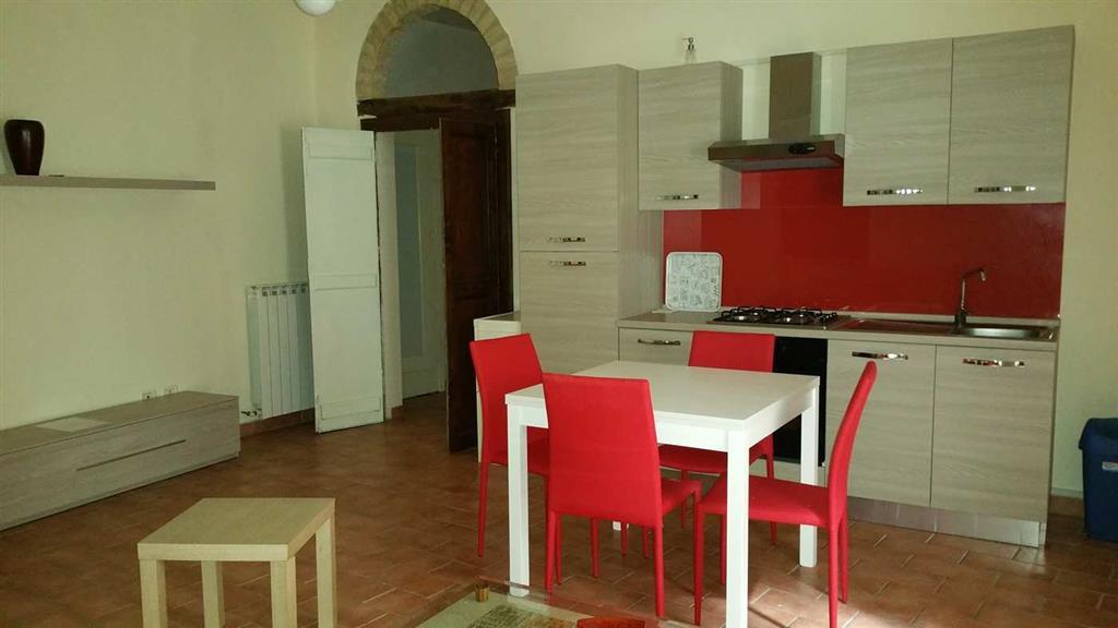 Appartamento in vendita a Spoleto, 2 locali, zona Località: CENTRO STORICO, prezzo € 75.000 | Cambio Casa.it